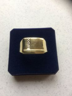 Gold men's ring - 14 karat - with small diamond, ring size 21