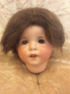 Defect SFBJ 247 PARIS 10 character head and SFBJ toddler body 55 cm (hast to be tensioned). Made around 1915