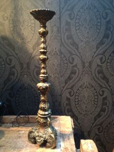 Heavy solid brass candlestick for a thick candle - Baroque style - beautiful decoration scrolls of foot and shaft