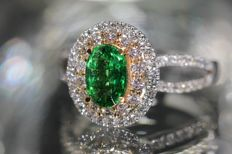 18 kt gold cocktail ring set with natural tsavorite garnet and diamonds, size 52 - NO RESERVE PRICE