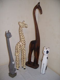 A nice lot wooden animals