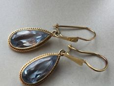 Antique gold earrings with facet cut topaz (4 ct) 4.25 g / length 3.7 cm