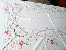 Rectangular tablecloth for 8 people embroidered by hand cross stitch and entre-deux crotchet