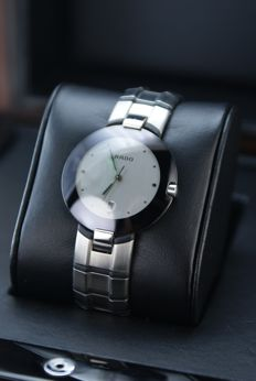 Rado - Luxury  Swiss watch in Mint condition - Mujer