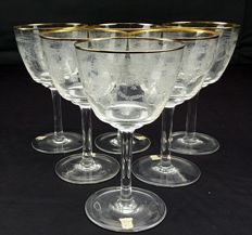 Set of six water stem glasses made of pure crystal with gold thread