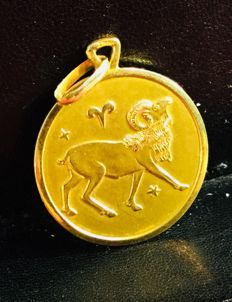 "14 Kt solid yellow gold ""Aries"" horoscope zodiac pendant"