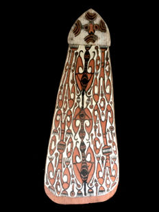 interesting headhunter's fighting shield - NORTH WEST ASMAT - Papua (New-Guinea)