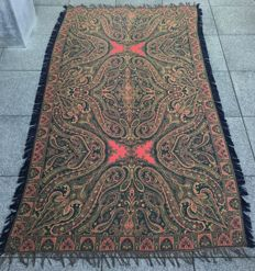 Woollen root canvas - Paisley motif, first half of the 20th century.