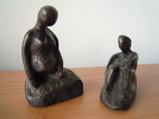 2 modern sculptures - burnished metal alloy