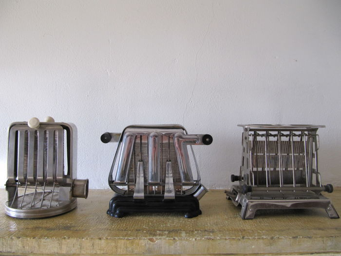 3 beautiful toasters bauhaus art deco style chrome bakelite catawiki. Black Bedroom Furniture Sets. Home Design Ideas