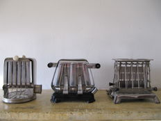 3 Beautiful toasters bauhaus/art deco style chrome/bakelite