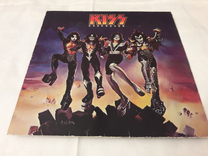 Set of 9 Hardrock / Metal LP Album - Judas Priest, Kiss, Scorpions, Marillion, 2x Iron Butterfly, Free, Billy Squier, Cypress Hill (2 LP Set)  (159)