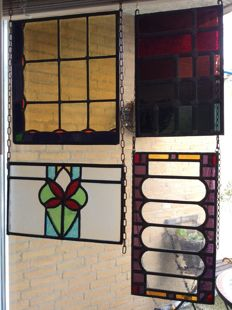Four beautiful old Jugendstil stained glass windows with mosaic sun catcher in vaulted soft colours - ca. 1910