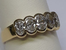 Eternity Ring in 18 kt Yellow Gold with 5 Oval Brilliant Cut Diamonds totalling 1.00 ct ***NO RESERVE***