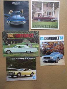 CHEVROLET - Lot of 5 brochures for Bel Air, Impala, Byscame, Camaro, Caprice, Corvette, Corvair, Chevelle from 1962 to 1970