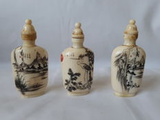 Ivory set of 3 snuff bottles - China  - Circa 1920