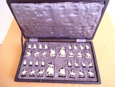 Chess figures India around 1920