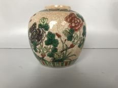 Chinese Famille Verte jar, approx. 1900
