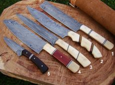 Set of 5 Handmade Damascus Steel Kitchen Knife Chef's Knife - 374 True Damascus Layers- Top Quality Chef's Knives - Leather Pouch