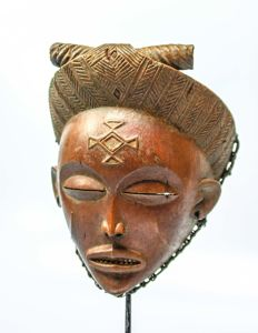 OLD & Superb Wooden Female Mask - LWENA/TCHOKWE - ANGOLA/Former Belgian Congo