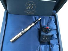 Aurora Limited Edition gold-plated fountain pen