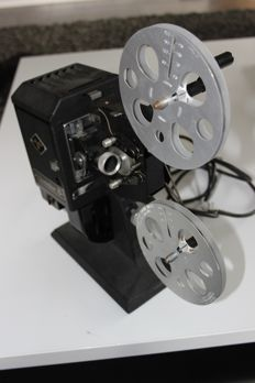 Movector 8 by Agfa - projector for Normal8/Doppel8 films