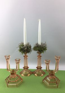 2 sets of candlesticks - 1 set iis signed 'Val Saint Lambert kandelaars' - 1 set of candlesticks is made of Bohemian glass with a double candle holder.