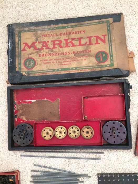 Two mrklin metal do it yourself kits germany from early 20th two mrklin metal do it yourself kits germany from early 20th century solutioingenieria Image collections