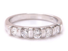 White gold diamond eternity ring with 0.50 ct – Ring size: 17.35 mm