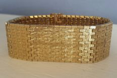 18 kt gold plated Mesh bracelet with safety clasp