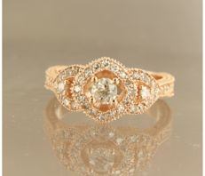 *****NO RESERVE PRICE***14 kt rose gold ring centrally set with a Bolshevik - and 44 single cut diamonds of approx. 0.08 ct in total