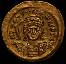 Byzantine Empire - Justin II. 565-578. AV Solidus. Light weight issue of 22 siliquae. Constantinople mint. Struck 567-578.