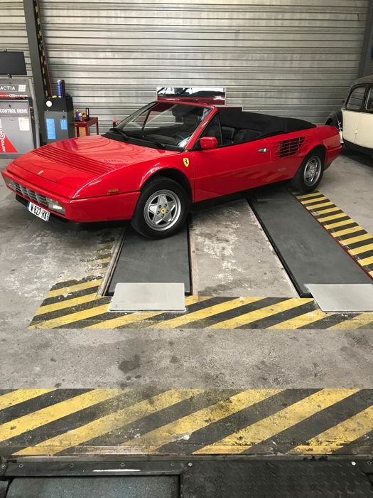 ferrari mondial t cabrio 1989 catawiki. Black Bedroom Furniture Sets. Home Design Ideas
