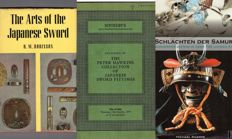 Lot with 5 catalogues & 2 books on the Samurai and Armour  - 1961/2010.