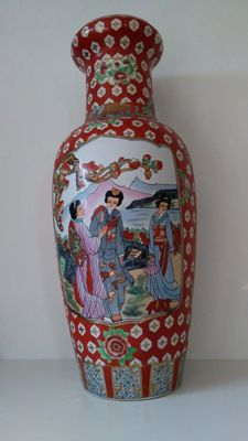 Large famille rose vase (83 cm) - China - late 20th century