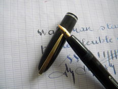 Superb Vintage Waterman Self Filler in Mint Condition with Original No. 2 18K  Flexible Fine Gold Nib