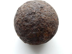 24 pounds cannonball used to destroy ramparts - French 1st Empire period - Rare