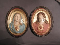 3 D Jesus and Mary behind convex glass - Belgium - 1954