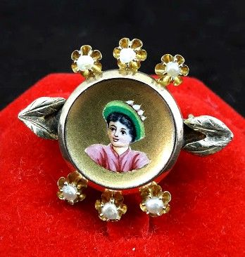 Women's gold brooch, hand-painted - Late 1800s