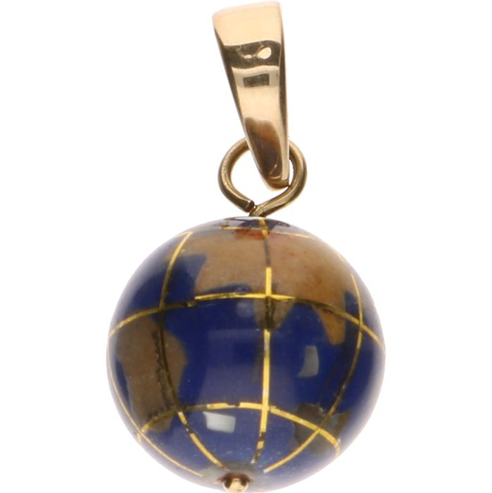 14 kt yellow gold pendant of a globe enamelled