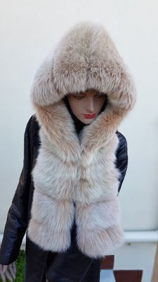 Fox Fur Hood (made in Italy)