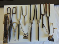 Lot of 11 old items for hairdressers - Curling iron - Waving iron / Clippers / Razor