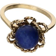 14 kt Yellow gold ring set with lapis lazuli. - ring size: 18.75 mm