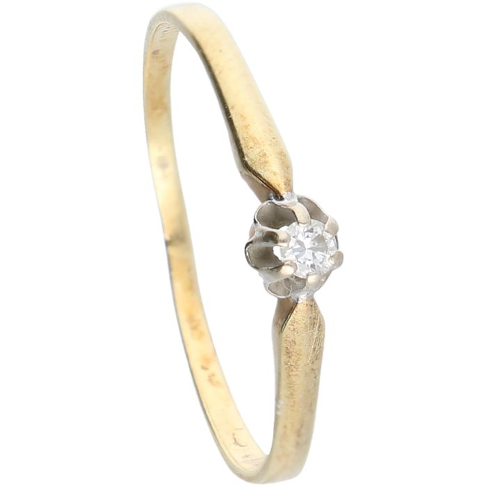 14 kt - yellow gold ring set with 1 brilliant cut diamond of 0.03 ct in total in a white gold setting - ring size: 17 mm.