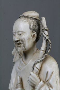 Fisherman in ivory - China - circa 1900