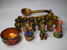"Collection of things ""Khokhloma"" from the USSR"