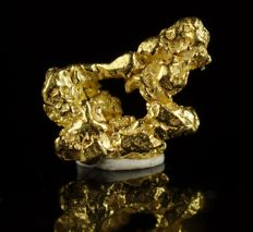 "unique Gold nugget - genuine natural gold with fantastic ""Lion"" shape - 0,7 x 0,4 x 0,1 cm - 0,2871 gr - 1,4355ct"