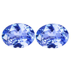 2 Tanzanites (pair) - 2,37 ct,  No reserve price