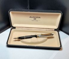AURORA 88, fountain pen with 14 kt gold nib, silver cap and gilt finish, converter and original box