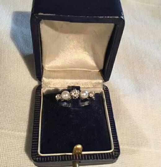 White gold ring from the 1950s with diamonds and small pearls